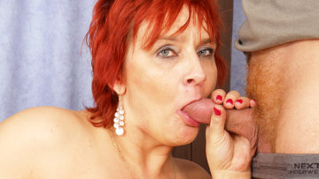 Feed her cock and mommy goes wild at TopMature.nl